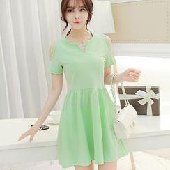 YUMU - Short-Sleeve Shoulder Cut Out Dress