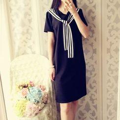 米蟲の小屋 - 條紋搭層短袖連衣裙