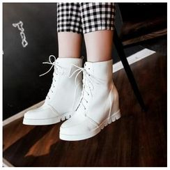 CITTA - Lace-Up Short Boots
