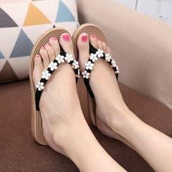 SEAisle - Floral Flip-Flops