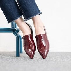 VIVIER - Pointy-Toe Patent Loafers