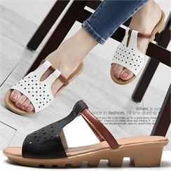 Reneve - Wedge-Heel Star-Perforated Sandals