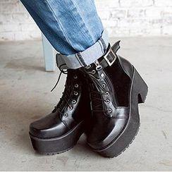Mancienne - Platform Buckled Lace-Up Ankle Boots