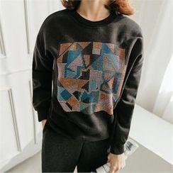 JOAMOM - Drop-Shoulder Studded T-Shirt