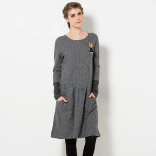 YesStyle Z - Long-Sleeved Dress with Cat Brooch