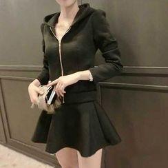 ZAPPA - 套裝: 純色連帽夾克 + A字裙