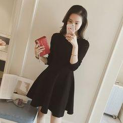 Diado - Long-Sleeve Pleated Knit A-Line Dress