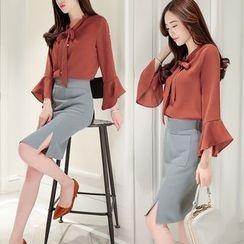 Romantica - Set: Tie-Neck Blouse + Skirt