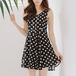 Jolly Club - Sleeveless Dotted Dress