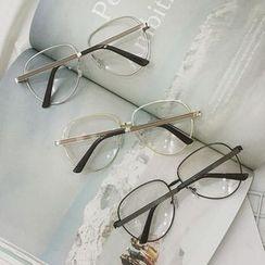 Streetstar - Vintage Glasses