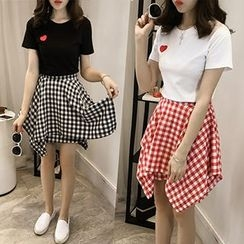 Little V - Set: Short Sleeve Heart Embroidered T-Shirt + Plaid A-line Skirt