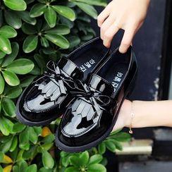 EMIL - 漆皮吊苏平底鞋乐福鞋
