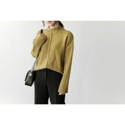 UPTOWNHOLIC - Mock-Neck Ribbed-Sleeve Sweater