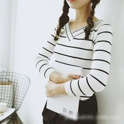 Polaris - V-neck Stripe Knit Top