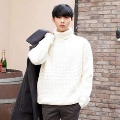 TOMONARI - Turtle-Neck Waffle-Knit Sweater