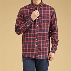 THE COVER - Pocket-Front Button-Down Plaid Shirt