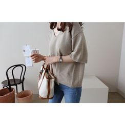 DAILY LOOK - V-Neck Elbow-Sleeve Wool Blend Knit Top