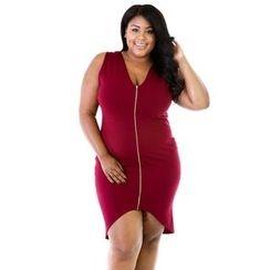 Hotprint - Zip Front Sleeveless Dress