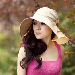 Thantrue - Dotted Ruffle Sun Hat