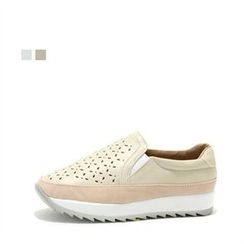 MODELSIS - Platform Perforated Slip-Ons