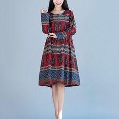 Diosa - Long-Sleeve Patterned Midi Dress