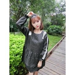 Eva Fashion - Lace Panel Long-Sleeve Knit Dress