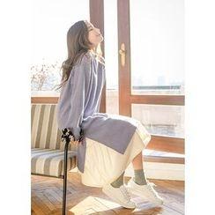J-ANN - Slit-Side Pattern-Trim Shift Dress