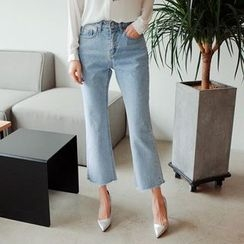 Cherryville - Boot-Cut Cropped Jeans