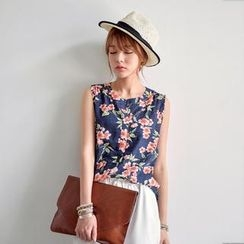 JUSTONE - Sleeveless Floral Pattern Top