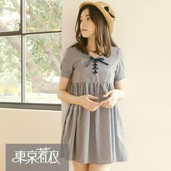 Tokyo Fashion - Short-Sleeved Lace-Up Gingham Dress