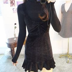 chuu - Ruffle-Hem Velvet Mini Jumper Dress