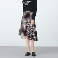 BORAN - Ruffle Plaid Midi Skirt