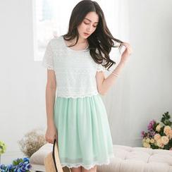 Tokyo Fashion - Lace Panel Short-Sleeve Chiffon Dress