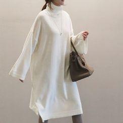 NANING9 - Turtleneck Slit-Side Sweater