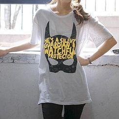 Lina - 短袖印花 T 恤