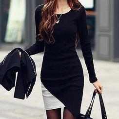 Rocho - Long Sleeves Asymmetric Dress