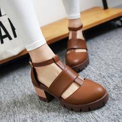 幸福鞋坊 - 鏤空粗跟鞋