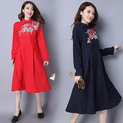 Diosa - Flower Embroidered Mandarin Collar Long Sleeve Dress