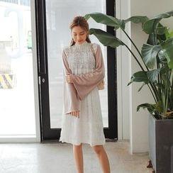 Cherryville - Sleeveless Lace A-Line Dress