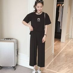 Cobogarden - Set: Short-Sleeve Print T-Shirt + Cropped Wide Leg Pants
