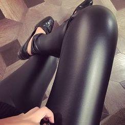 Eva Fashion - Fleece-lined Faux Leather Leggings
