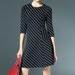 Bantynan - 條紋七分袖直身連衣裙