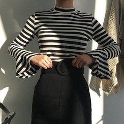 Cloud Nine - Bell-Sleeve Stripe T-shirt