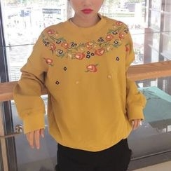 Cloud Nine - Embroidered Flower Fleece-lined Sweatshirt