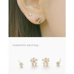 soo n soo - Set of 4: Flower Earrings