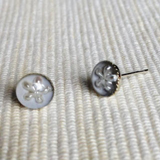 MyLittleThing - Resin Little Snowflake Earrings (Gray)
