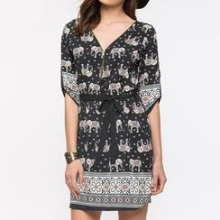 Richcoco - Print V-neck Elbow-Sleeve Dress