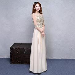 ZAKSKI - Embellished Elbow Sleeve A-Line Evening Gown