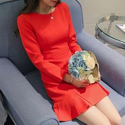 Q.C.T - Long-Sleeve Ruffle Hem Sheath Dress
