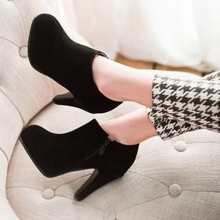 77Queen - Zip-Side Heel Ankle Boots